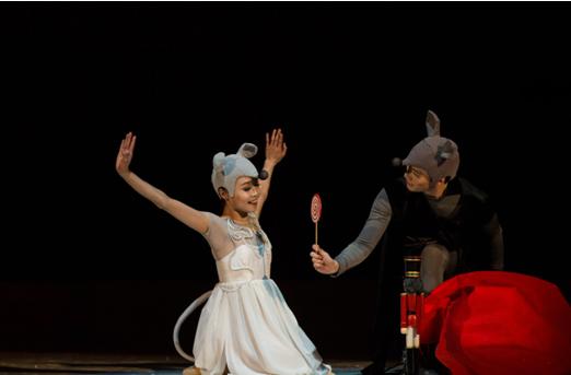 【艺在文博】不一样的新年派对——老鼠世界的《胡桃夹子》
