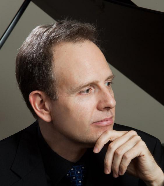 2016黑白键钢琴系列•大师 绅士大师 凯文•肯纳钢琴独奏音乐会(主办)