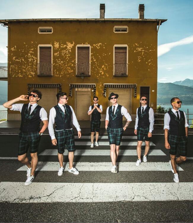 波兰喜剧舞蹈团公平竞争组合《严肃喜剧》(主办)