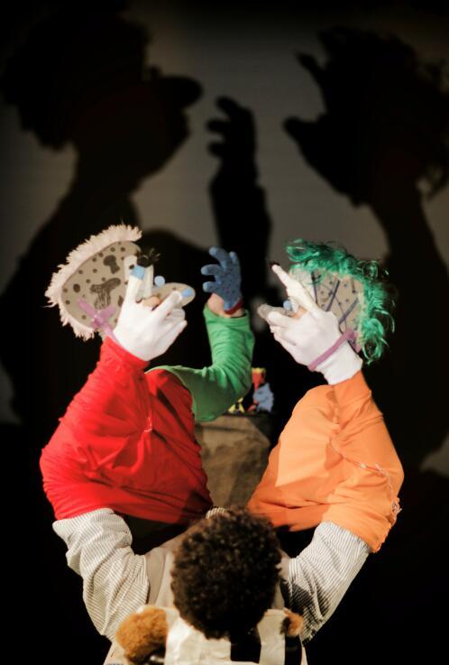 加拿大创意爆笑手影戏《影子梦工场》
